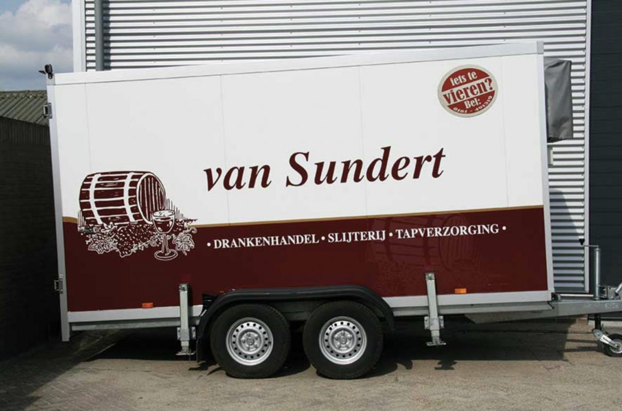 https://www.slijterijvansundert.nl/wp-content/uploads/2019/05/koelwagen-1280x847-1280x847.png